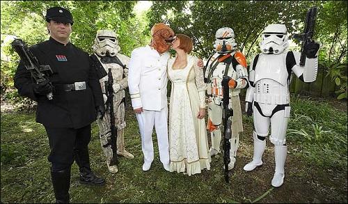 bold wedding photos